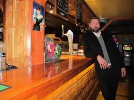 Turusta kotoisin oleva Erkki Väisänen aloitti työt hotelli Lännentien johtajana pari kuukautta sitten.