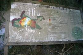Hiunjärven polkujen opasteetkin kaipaisivat kunnostusta.