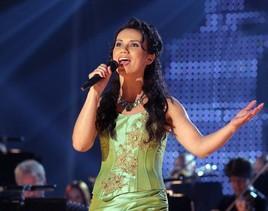 Tänä vuonna Seinäjoen Tangomarkkinoilla on mahdollista kuulla uusikaupunkilaista laulajaa Sanna Arellia.