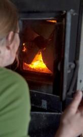 Talviaikana Metsälehdon sauna on lämmennyt avantouintipäivinä.