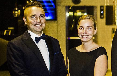 Petri ja Maija Hollmén ottivat vastaan valtakunnallisen yrittäjäpalkinnon lokakuussa Turussa. Kuva: Lennart Holmberg, Turun Sanomat.